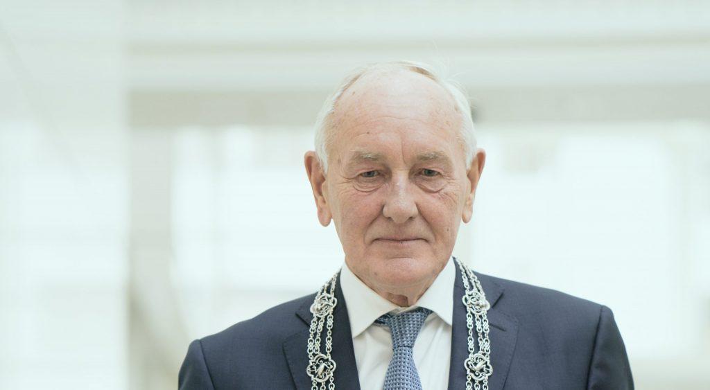 Johan Remkes, waarnemend burgemeester Den Haag. Foto: Martijn Beekman / gemeente Den Haag